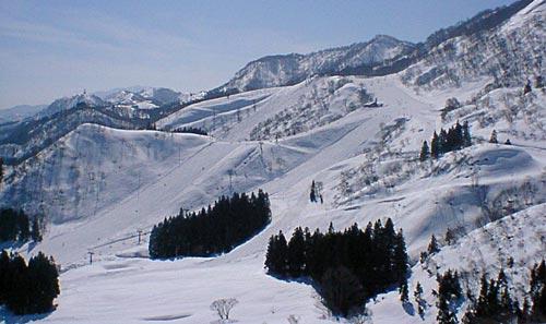 戸 狩 温泉 スキー 場